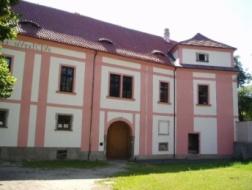 Milevsko: Demolice Zaoralova domu v Klášteře