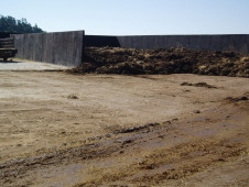 ZD Přeštěnice: Novostavba hnojiště