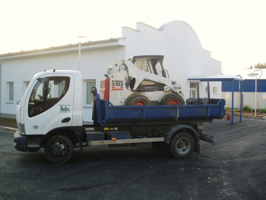 AVIA D90 kontejner